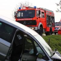 22-04-2016_Unterallgaeu_Kirchdorf_Tuerkheim_Unfall_Feuerwehr_Poeppel20160422_0052