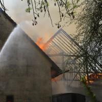 11-05-2016_Memmingen_Hart_Brand_Bauernhof_Feuerwehr_Poeppel_0060