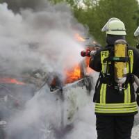 14-05-2016_A7_Berkheim_Dettingen_Pkw-Brand_Feuerwehr_Poeppel_0020