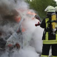 14-05-2016_A7_Berkheim_Dettingen_Pkw-Brand_Feuerwehr_Poeppel_0021