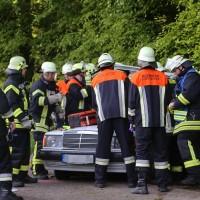 18-05-2016_Unterallgaeu_Reichau_Klosterbeuren_Unfall_Feuerwehr_Poeppel_0008