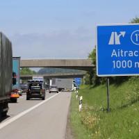 25-05-2016_A96_Aichstetten_Aitrach_Unfall_Lkw_Pkw_Polizei_Poeppel_0004