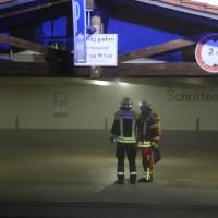 26-05-2016_Unterallgaeu_Bad-Woerishofen_Brand_Reisebus_Parkhaus_Feuerwehr_Poeppel_0026
