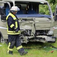 21-06-2016_Unterallgaeu_Ottobeuren_Unfall_Pkw-Lkw-Feuerwehr_Poeppel_0005