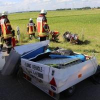 04-07-2016_A7_Woringen_motorrad-Gespann_Unfall-Feuerwehr_Poeppel_0003