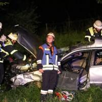 21-07-2016_A7_Memmingen-Sued_Unfall_Pkw_Anhaenger_Lkw_Feuerwehr_Poeppel_0003