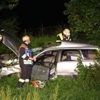 21-07-2016_A7_Memmingen-Sued_Unfall_Pkw_Anhaenger_Lkw_Feuerwehr_Poeppel_0004