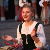 25-07-2016_Wallenstein-Sommer-2016_Tanz-auf-dem-Kopfsteinpflaster_Fackelzug_Poeppel20160725_0071