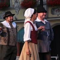 25-07-2016_Wallenstein-Sommer-2016_Tanz-auf-dem-Kopfsteinpflaster_Fackelzug_Poeppel20160725_0833