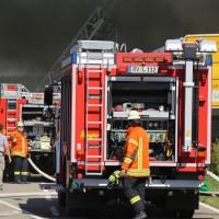 08-08-2016_Ravensburg_Aichstetten_Brand_Buero-Lager_Feuerwehr Poeppel_0004