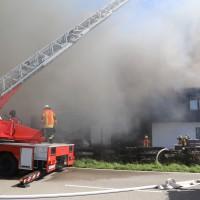 08-08-2016_Ravensburg_Aichstetten_Brand_Buero-Lager_Feuerwehr Poeppel_0039