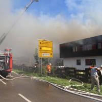 08-08-2016_Ravensburg_Aichstetten_Brand_Buero-Lager_Feuerwehr Poeppel_0056