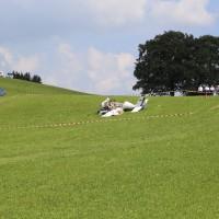 01-09-2016_Ravensburg_Leutkirch_Bettelhofen_Flugzeugabsturz_drei-Tote_Polizei_Feuerwehr_Poeppel_0002