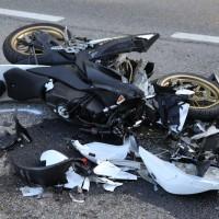 08-09-2016_B32_Rotheidlen_Gruenkraut_Unfall_Pkw_Lkw-Motorrad_Polizei_Poeppel_0007