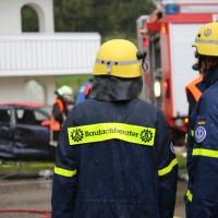 16-09-2016_BY_Unterallgaeu_Legau_Lkw_Unfall_Haus_Feuerwehr_Poeppel_0017