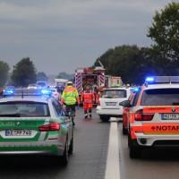 17-09-2016_BY_A7_Illertissen_Altenstadt_Unfall_Aqauplaning_Feuerwehr_Poeppel_0011