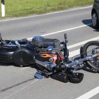 24-09-2016_Unterallgaeu_Ottobeuren_Motorrad_Unfall_Feuerwehr_Poeppel_0006