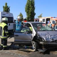 25-09-2016_A96_Burgacker_Pkw-kracht-Parkplatz_Feuerwehr_Poeppel_0001