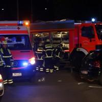 21-10-2016_Memmingen_Adenauerring_Grenzhofstrasse_Unfall_Feuerwehr_Poeppel_0027