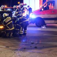 21-10-2016_Memmingen_Adenauerring_Grenzhofstrasse_Unfall_Feuerwehr_Poeppel_0035