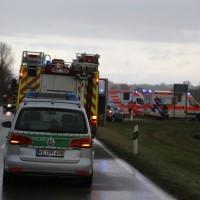 20161110_B16_Salgen_Bronnen_Unfall_Paketdienst_Pkw-Feuerwehr_Poeppel_new-facts-eu001