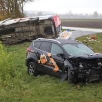 20161110_B16_Salgen_Bronnen_Unfall_Paketdienst_Pkw-Feuerwehr_Poeppel_new-facts-eu019