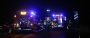 20161127_A96_Woerishofen_Mindelheim_Unfall_Feuerwehr_Poeppel_new-facts-eu_004