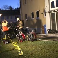 20161129_Lindau_Brand_Wohnung_Mehrfamilienhaus_Feuerwehr_Verletzte_Polizei_Raedler_new-facts-eu_008