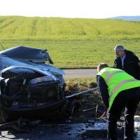 20161206_B465_Bad-Wurzach_Unterschwarzach_Unfall_Frontal_eingeklemmt_Transporter_Pkw_Feuerwehr_Poeppel_new-facts-eu_013