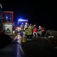20161208_A96_Leutkirch_Altmannskofen_Geisterfahrer_Unfall_Feuerwehr_Poeppel_new-facts-eu_004