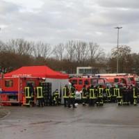 20161225_Augsburg_Fliegerbombe_Entschaerfung_Evakuierung_BRK_JUH_MHD_Polizei_Feuerwehr_THW_Tauber_Bruder_new-facts-eu_0046