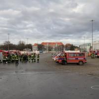 20161225_Augsburg_Fliegerbombe_Entschaerfung_Evakuierung_BRK_JUH_MHD_Polizei_Feuerwehr_THW_Tauber_Bruder_new-facts-eu_0047