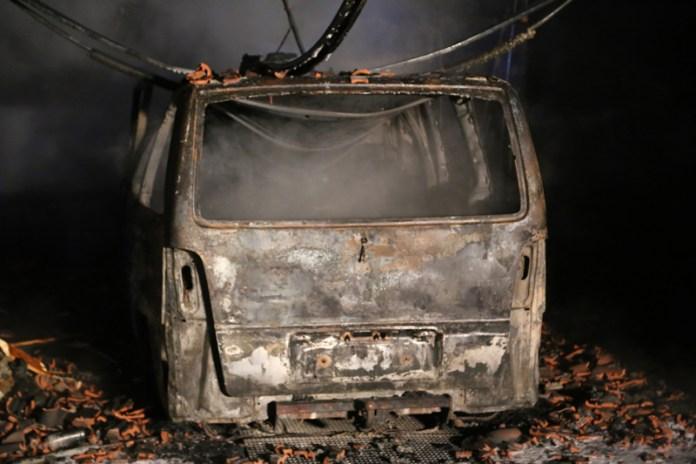 20161226_Biberach_Rindermoos_Brand_Pkw-Garage_Feuerwehr_Poeppel-facts-eu_0011