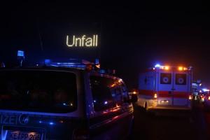 20160101_A7_Groenenbach_Woringen_Unfall_toedlich_Lkw-Pkw_Karambolage_Feuerwehr_Poeppel_0034