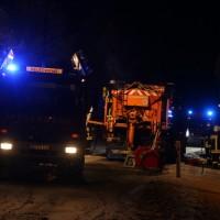 20170102_Biberach_Schwendi_Brand_Winterdienstfahrzeug_Feuerwehr_Poeppel_0001