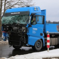 20170111_B472_B12_Geisenried_Unfall_Lkw-Polizei_Dedinag_New-facts-eu_0008