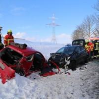 20170116_Ostallgaeu_Unterthingau_Unfall_schneeglaette_Feuerwehr_dedinag_00002