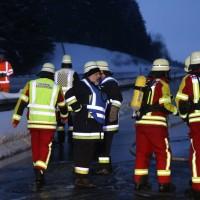 20170118_A980_B12_Waltenhofen_Unfall_Sattelzug_Lkw_Pkw_Brand_Feuerwehr_Poeppel_0004