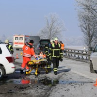 20170122_A96_Memmingen_Berkheim_Unfall_Feuerwehr_Poeppel_009