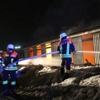 20170208_Unterallgaeu_Boehen_Brand_Lagerhalle_Feuerwehr_Poeppel_0033