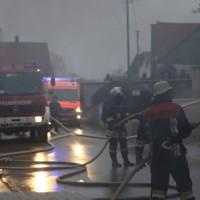 20170213_Unterallgaeu_Minelheim-Westernach_Brand_Gebaeude_Feuerwehr_Poeppel_0013