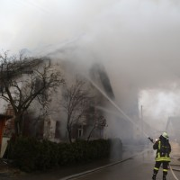 20170213_Unterallgaeu_Minelheim-Westernach_Brand_Gebaeude_Feuerwehr_Poeppel_0016