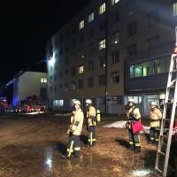 20170214_Lindau_Lindenberg_Krankenhaus_Zimmerbrand_Feuerwehr_Raedler_0005