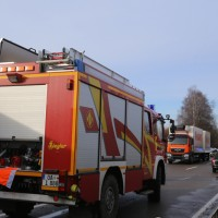 20170308_B12_Kempten_Wilpoldsried_Unfall_Pkw-Lkw-Feuerwehr_Poeppel_0007