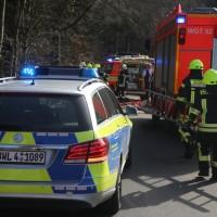 20170330_Ravensburg_Waldburg_Vogt_Pkw_Baum_Unfall_Feuerwehr_Poeppel_0003