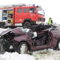 20170418_B17_Schongau_Lechbruck_Unfall_Feuerwehr_Poeppel_0004