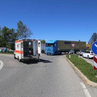 20170517_A7_Auffahrt_Groenenbach_Motorad_Lkw_Feuerwehr_Poeppel_0001