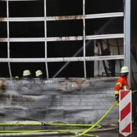 20170617_Ravensburg_Leutkirch_Brand_Lagerhalle_Feuerwehr_Poeppel_0007