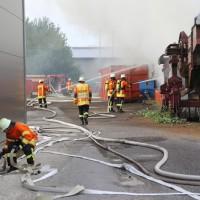 20170617_Ravensburg_Leutkirch_Brand_Lagerhalle_Feuerwehr_Poeppel_0027