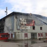 20170617_Ravensburg_Leutkirch_Brand_Lagerhalle_Feuerwehr_Poeppel_0046